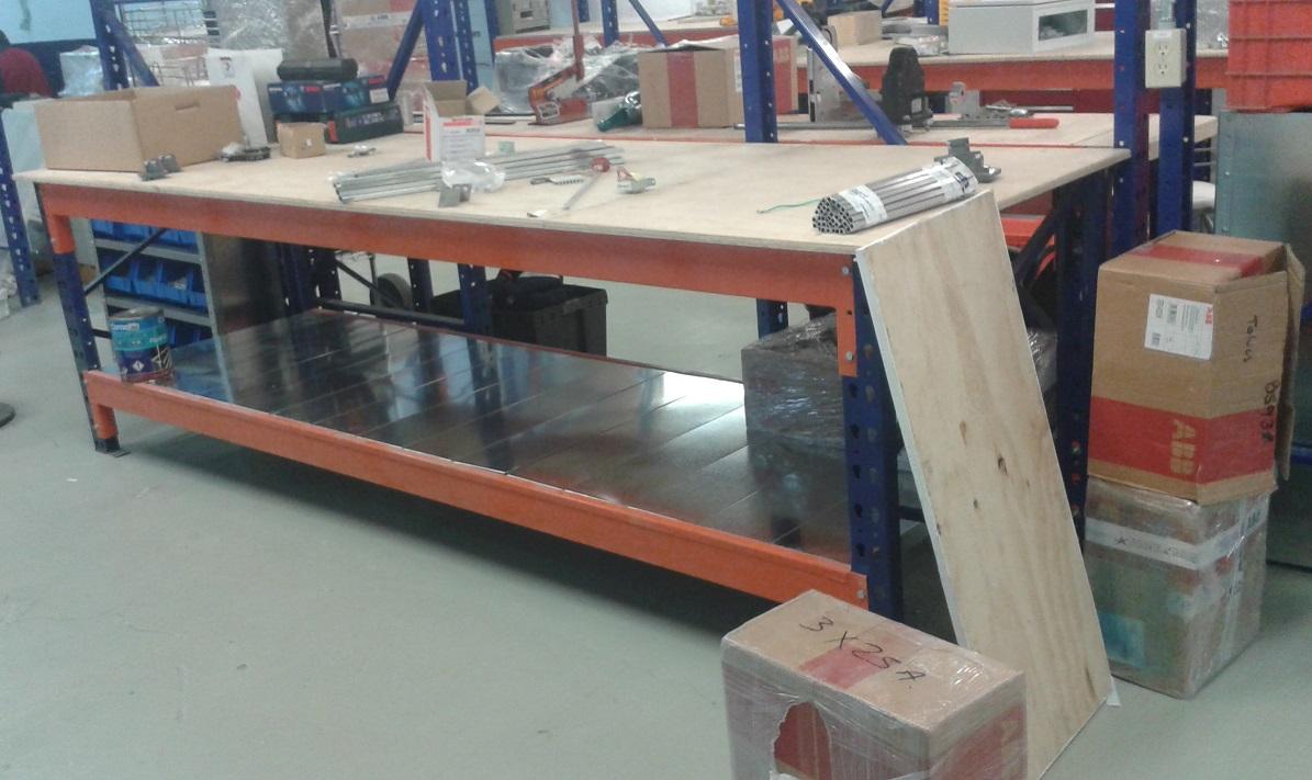 Mesas de trabajo estantes y racks hch industrial - Mesa de trabajo para cocina ...