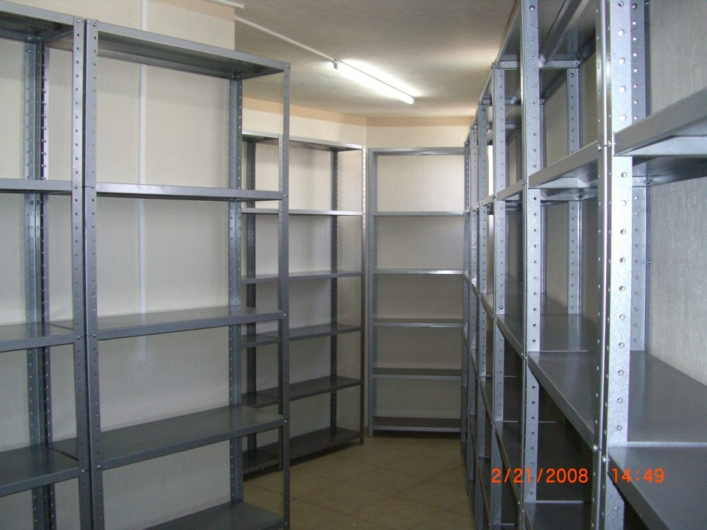 estantes distribucion